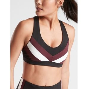 NWT Athleta Crunch Colorblock Bra in SuperSonic